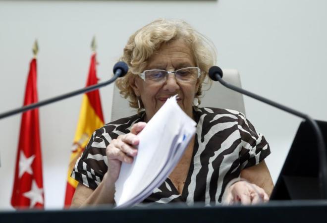 Carmena gobernará con los presupuestos socialistas