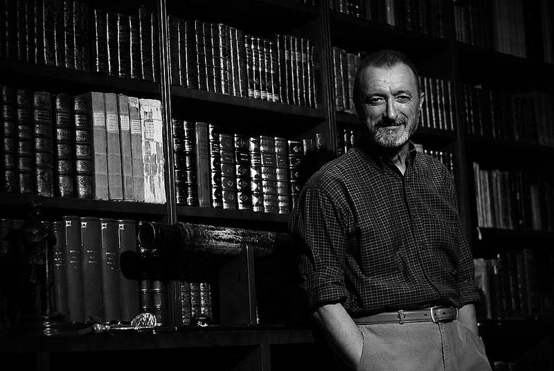 Arturo Pérez-Reverte se lanza a escribir para la televisión