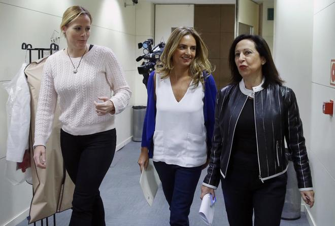 """El PSOE multa con 600 euros a los diputados que votaron """"no"""" a Rajoy"""