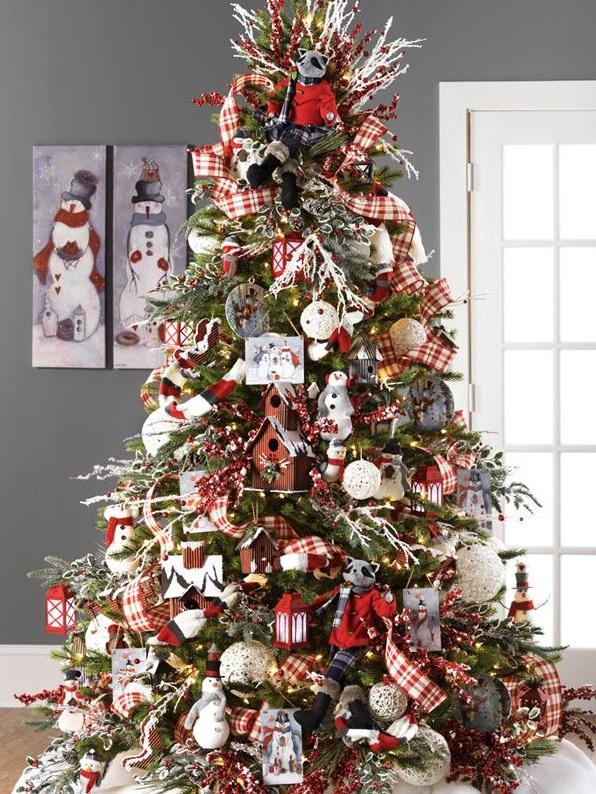 Como decorar tu árbol de Navidad con las últimas tendencias