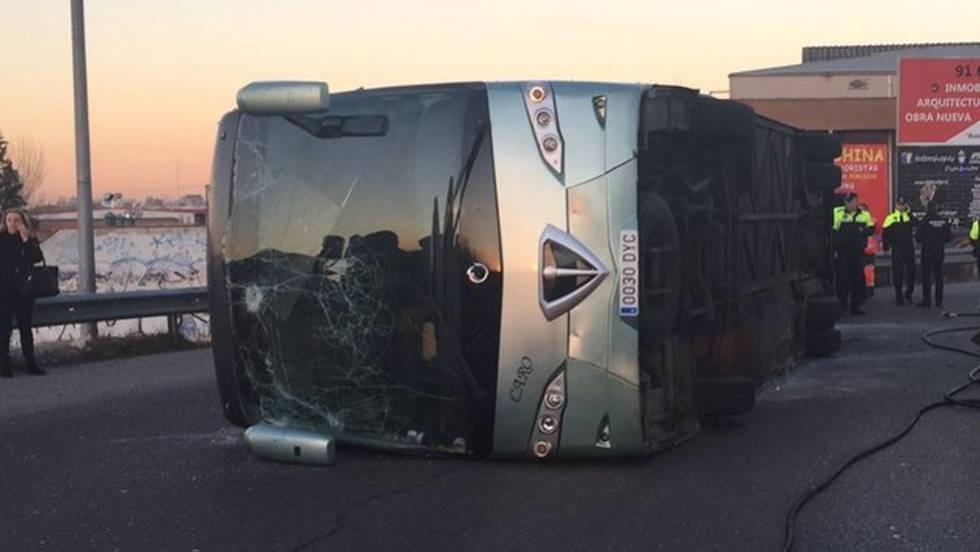 Detienen al conductor del autobús escolar por dar positivo en drogas