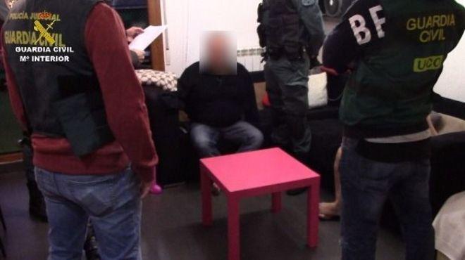 La Guardia Civil libera a dos mujeres obligadas a prostituirse en clubs de alterne
