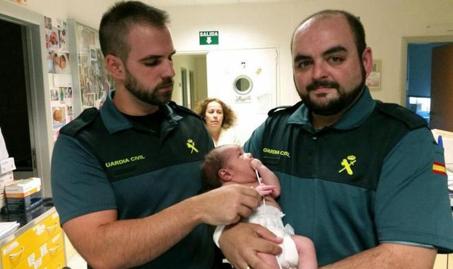 Condenada a 14 años de cárcel por tirar a su bebé a un contenedor
