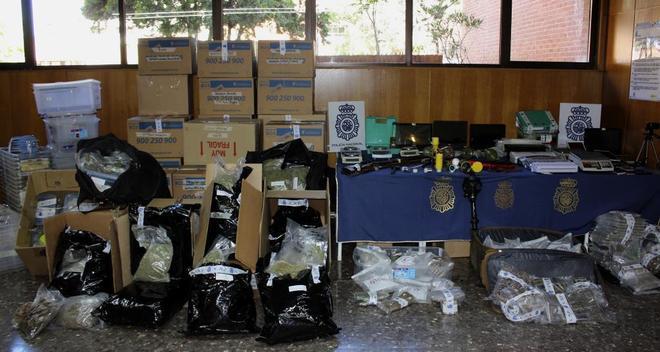 La Policía Nacional detiene a ocho individuos miembros de una red de distribución de cannabis