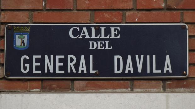 Carmena sigue adelante con el cambio de calles en Madrid