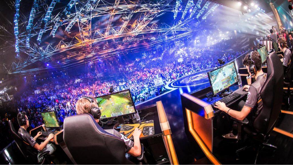 Los videojuegos llenan estadios y las grandes empresas apuestan por los milmillonarios eSports